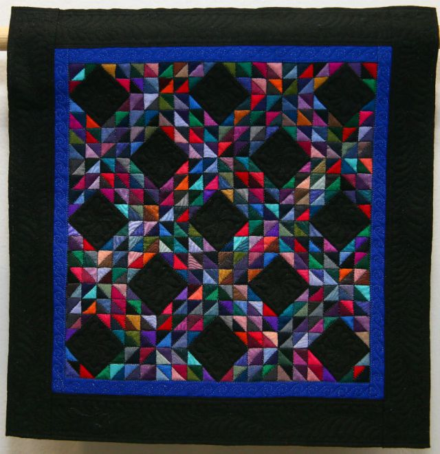 Minature-Quilts-Third-Place-Making-Waves-Dorian-Walton