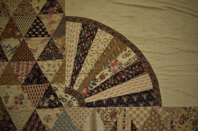53.290.1 Abergele c1800 patchwork corner fan compressed